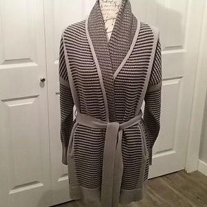 Simply Vera Vera Wang wrap sweater gray sz M